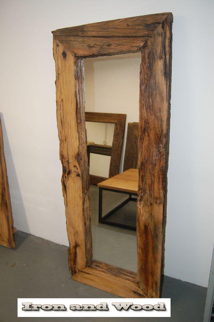 Grote robuuste spiegel van oud sloophout oude eiken for Spiegel boven bed