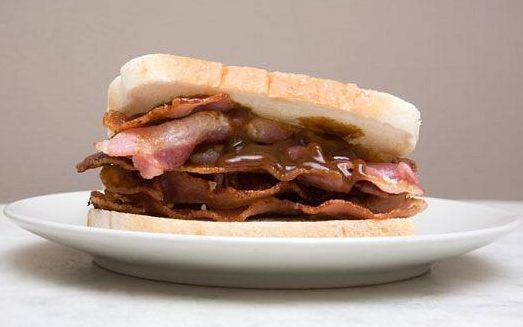 'Where can I buy English bacon?': Most bizarre consular calls from Britons abroad revealed