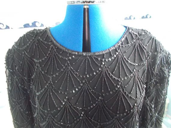 Vintage Elegance Sumptuous Ladies Black Heavily Shell-Beaded 'Fans' Blouse 1920s style, 1940s style, with Shoulder-Pads, Glamour-Pussx
