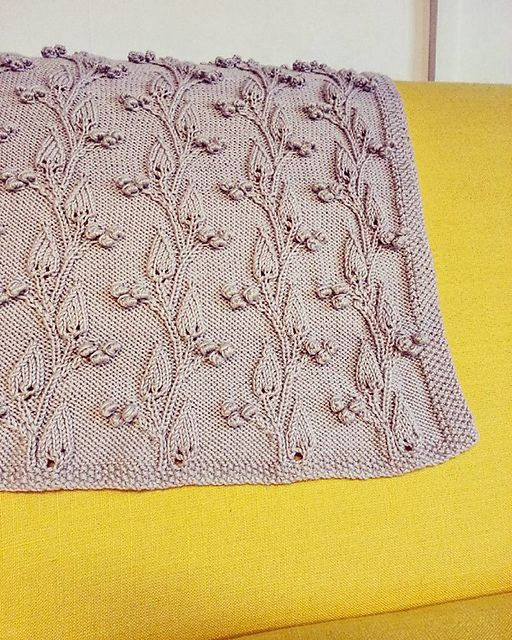 Ravelry: Leaves of Lothlorien Baby Blanket pattern by Claire Maloney