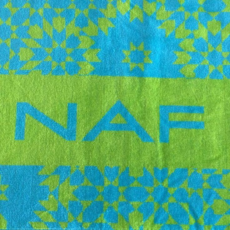 Ręcznik plażowy NAF NAF BAHIA w orientalnym wzorze - NieMaJakwDomu