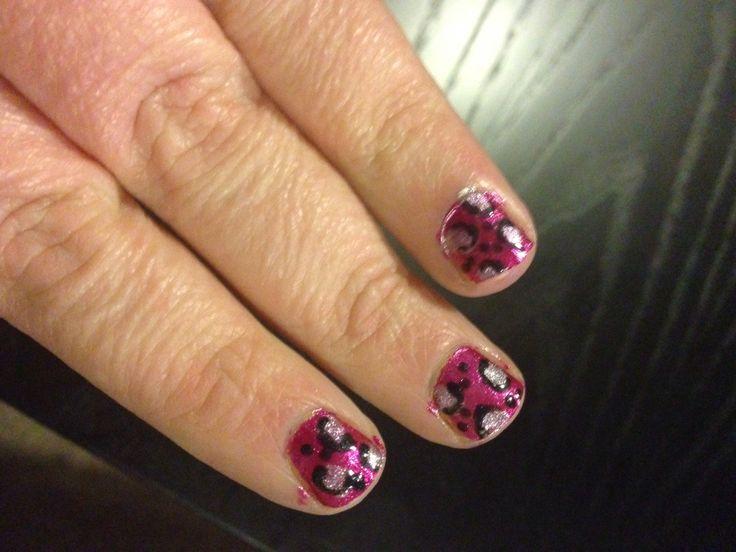 Pink and silver leopard print Nailfy Nail art by Kirsty.