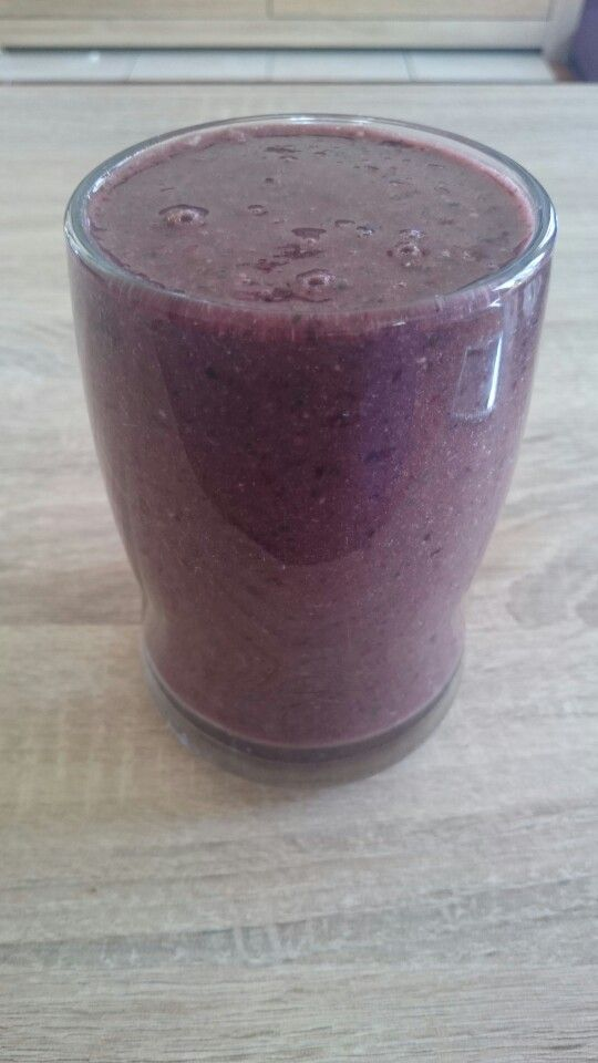 Post workout goodness. Banana, blackberries, mango, kale, spinach, maca, psyllium, coconut, water, chia and flaxseed.