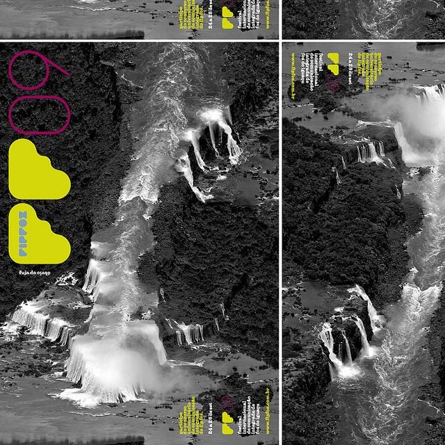 poster 2009/ vire uma cachoeira de ponta cabeça e você tem... outra cachoeira.     http://www.timemart.vn/  http://www.timemart.vn/305/p/320839/lo-nuong-lo-vi-song.html  http://www.timemart.vn/305/pr/363643/LVS31/lo-vi-song-hoi-nuoc-sieu-nhiet-ax-1300vn%28s-r%29-.html