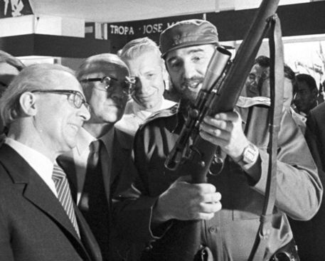 'Kuba / Cuba - Staatsbesuch Erich Honecker 1974, Moncada' by ddrbildarchiv.de on artflakes.com as poster or art print $17.33