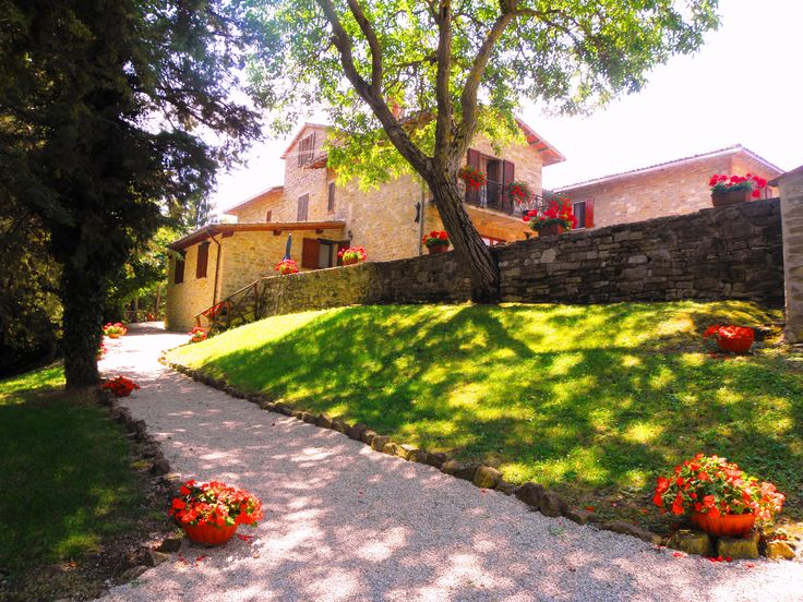 the medieval village with a park in Gubbio http://www.agriturismoaurora.it/offerte/
