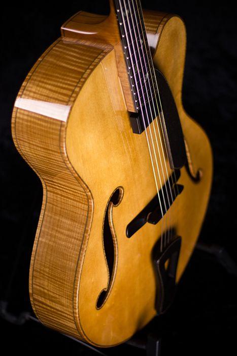 Cremona archtop guitar - top-side angle #handmadeguitars #jazzguitar #archtop