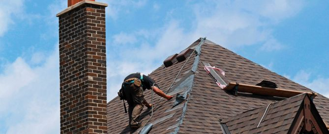Lambert's shingle roofing services in Montreal