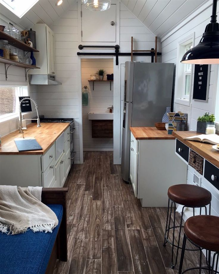 Little Houses On Wheels: 17 Best Images About Tiny Houses On Pinterest