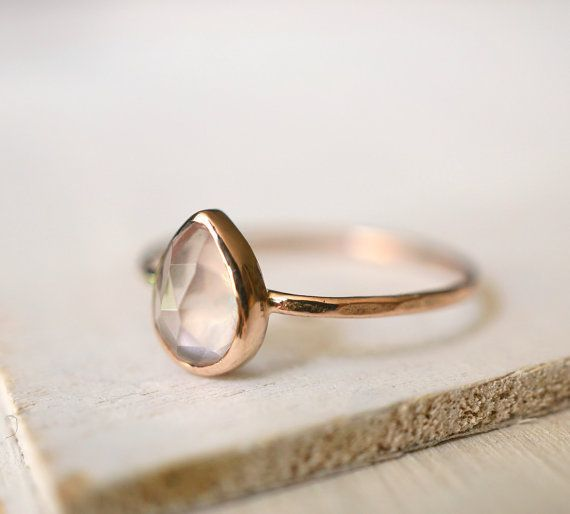 Rose Quartz Ring Teardrop Ring Engagement Ring Rose door Luxuring