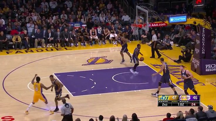 NBA Games Today Julius Randle career high scoring 25 points against the Jazz Dec 27 2016