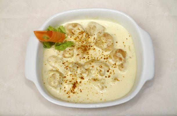 Tedd izgalmassá a sima, száraz csirkemellet tejszínnel és sajttal! Mindenki repetázik belőle.