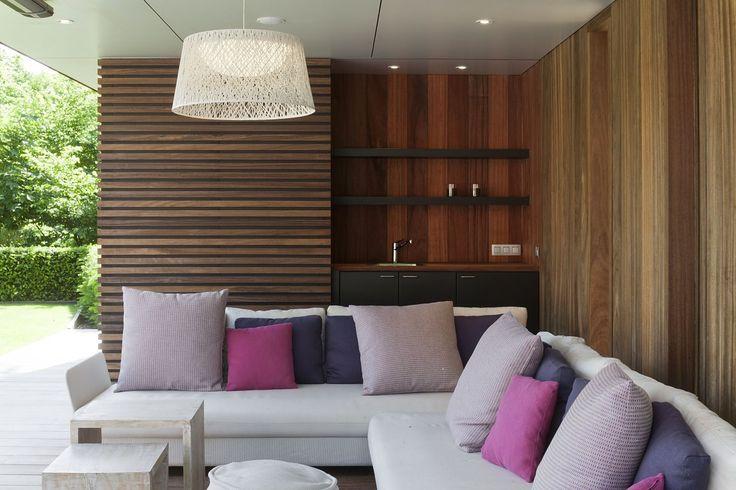17 beste afbeeldingen over awood dubbele rombus op pinterest architectuur grenen en zoeken - Moderne lounge stijl ...