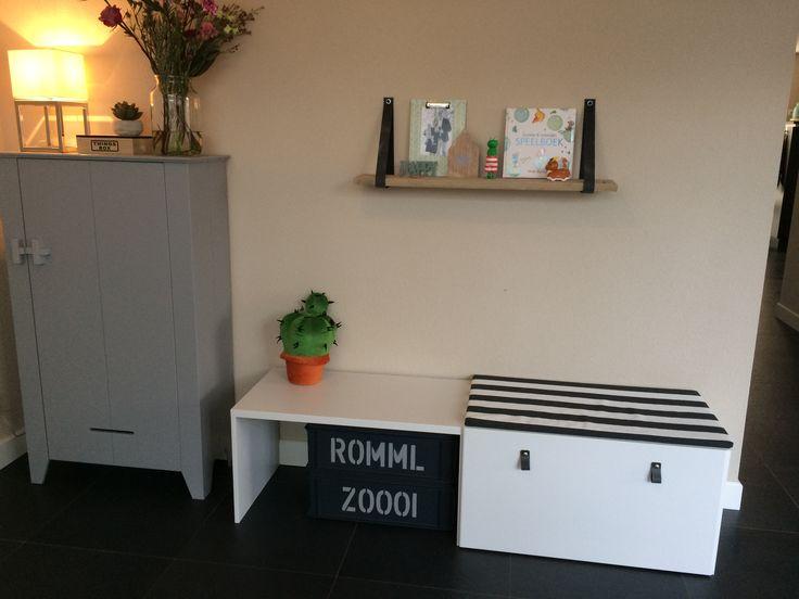 Ikea Stuva hack speelhoek, Woood kast Gijs, leren handgreepjes, Romml & Zoooi Woood