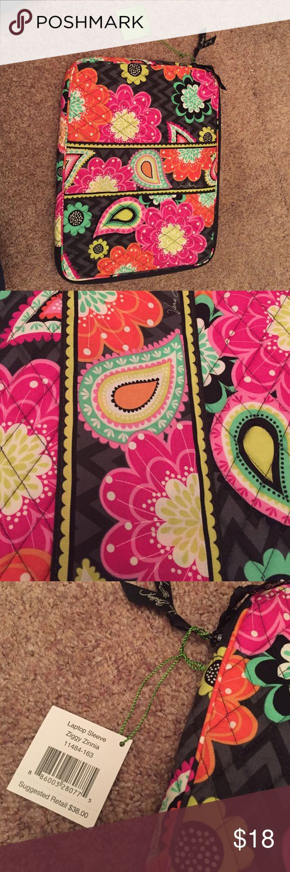 Vera Bradley Laptop Case Never been used. NWT, bought for my laptop but mine doesn't fit in it! *Ziggy Zinia Print* Vera Bradley Bags Laptop Bags