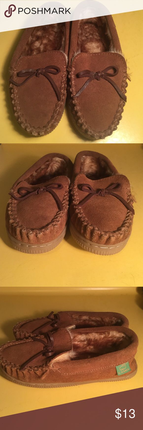 LAMO Moccasin sheepskin slippers youth 1 In excellent condition with very little wear! Bought for my son and he never really wore them maybe a couple times. Size 1 Lamo Shoes Moccasins