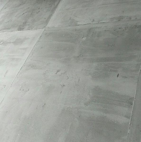 die 25 besten ideen zu betonoptik wand auf pinterest betonw nde fliesen in betonoptik und optik. Black Bedroom Furniture Sets. Home Design Ideas