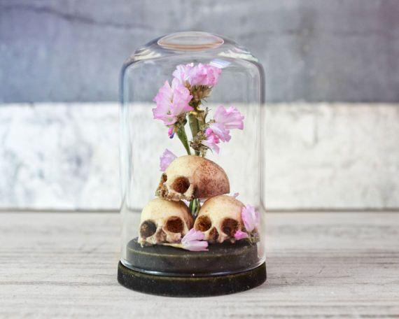 Skull Decor Miniature In Glass Dome