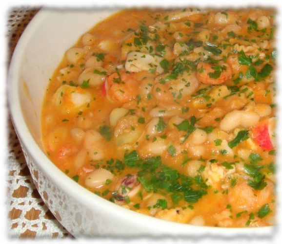 SEAFOOD with white beans: #portuguese Feijoada de Marisco
