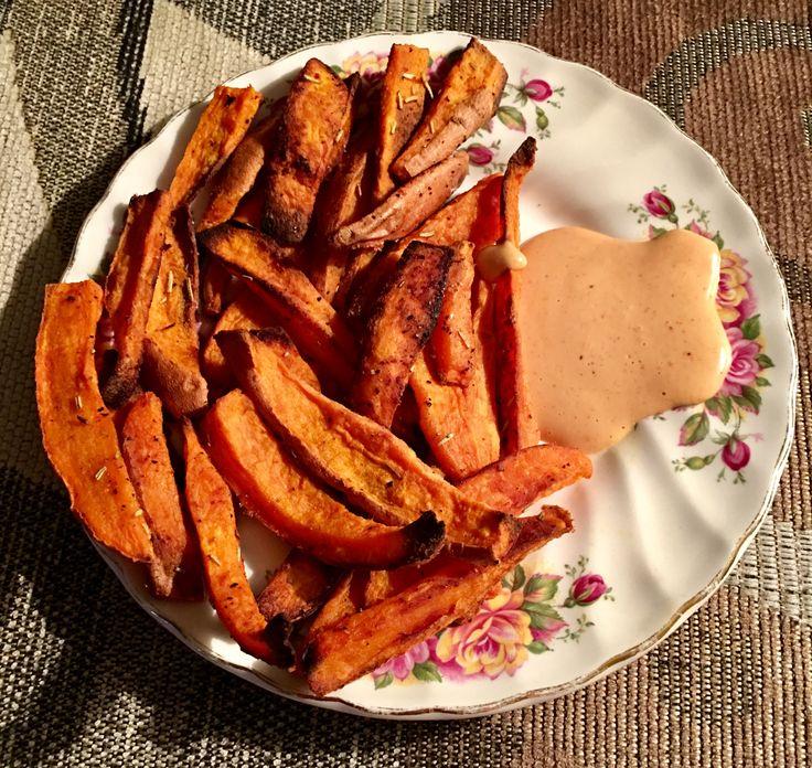 Sweet Potato Fry Dipping Sauce  This a delicious dipping sauce for sweet potato fries. I don't have measurements, but mix together to taste, the following ingredients: -Mayonnaise - Sriracha - Bull's Eye BBQ Sauce - Cider Vinegar - Garlic Powder - Smoked Paprika - Steak Seasoning