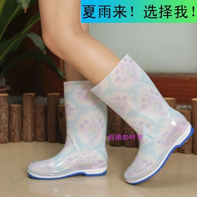Fashion Women's rain boots non-slip boots flat heel summer Gaotong rubber rain boots ankle rainboots - http://fashionfromchina.net/?product=fashion-women-s-rain-boots-non-slip-boots-flat-heel-summer-gaotong-rubber-rain-boots-ankle-rainboots
