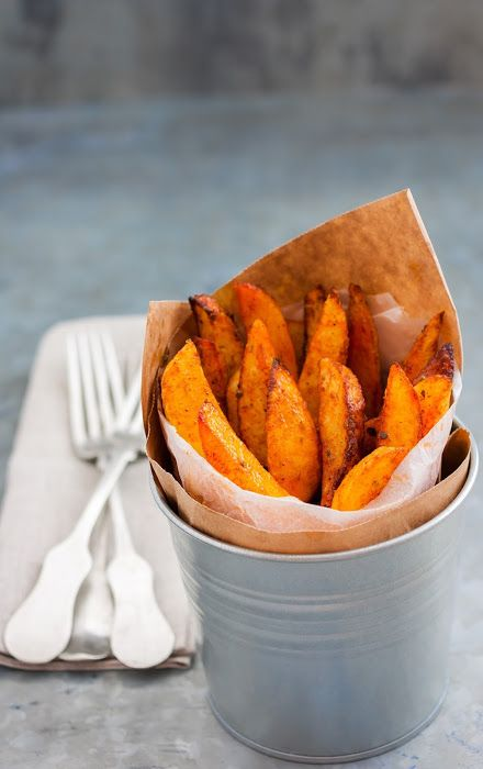 kitchen drama  |  food photography: Oven baked fries