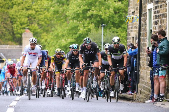 Ian Stannard and Bernhard Eisel, Tour de Yorkshire stage 3 2017.