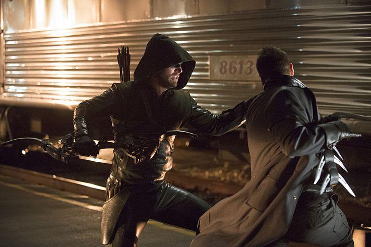 The Arrow vs Captain Boomerang