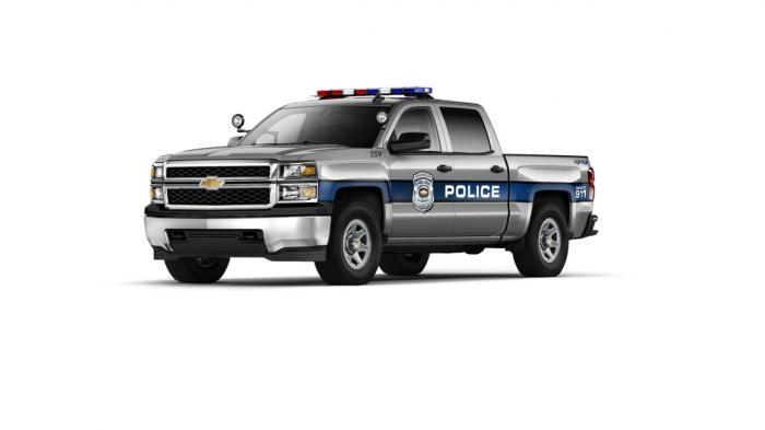 blogmotorzone:  Chevrolet Silverado 1500 Crew Cab SSV. Chevrolet ha renovado su modelo Chevrolet Silverado 1500 Crew Cab, la cual estará a la venta este próximo verano, y ya tiene preparada la versión Chevrolet Silverado 1500 Crew Cab SSV, (vehículo de servicio especial),  diseñada para los cuerpos de seguridad de USA...