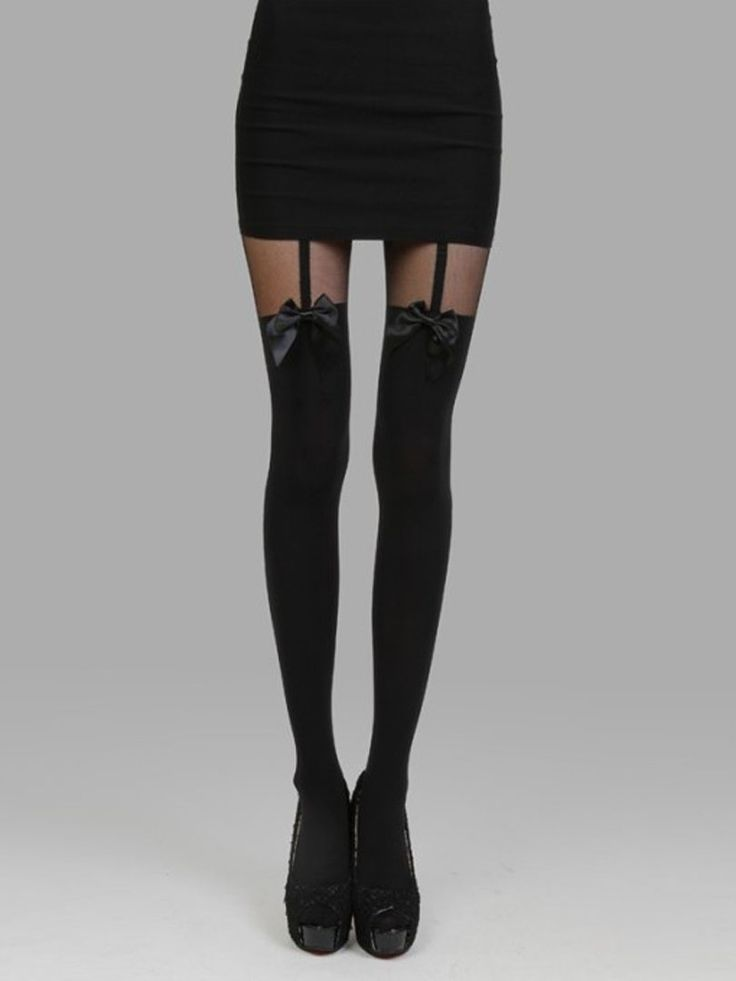 If I was feeling brave & going to the appropriate place, like going out for the night in Chicago these bow stockings would be cool to wear out.