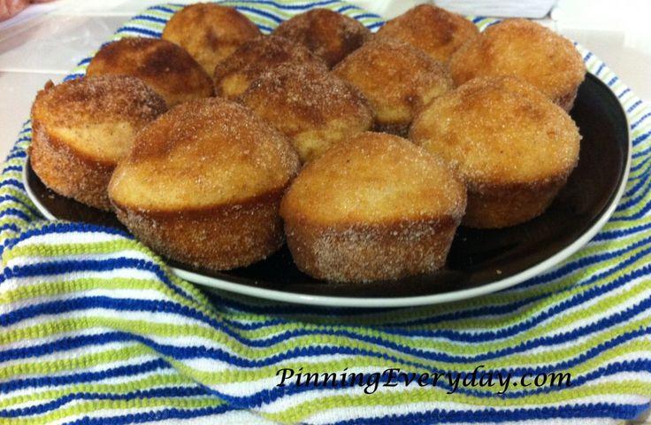 Pinterest Muffins: Cinnamon-Sugar Old Fashioned Donut Muffins - Pinning Everyday