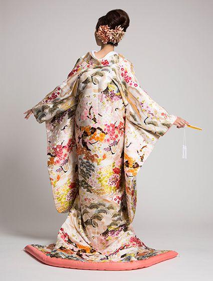ウエディングドレス、高品質な結婚式ドレスならW by Watabe Wedding / 色打掛【四季飛翔(L)】