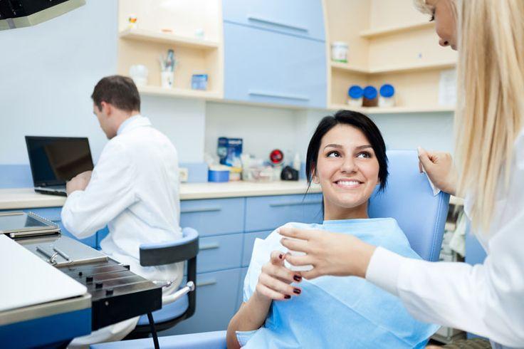Co to jest #diastema? #diastema występująca między zębami powoduje dyskomfort i jest przyczyną kompleksów. Jak ją trwale usunąć?