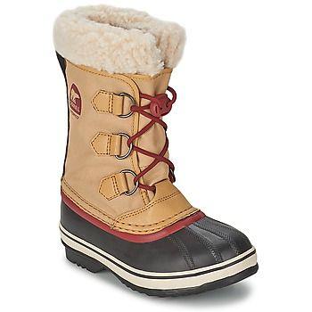Není nic lepšího než dopřát vašim dětem pohodlí v zimních botách Yoot Pac Nylon značky Sorel.Velmi stylové, boty jsou vybaveny svrškem z plátna v béžové barvě, která jde s dobou. S gumovou podrážkou a plátěnou podšívkou se budeme cítit velmi pohodlě v každé situaci. - Barva : Žlutá kari - Boty Deti 1939 Kč