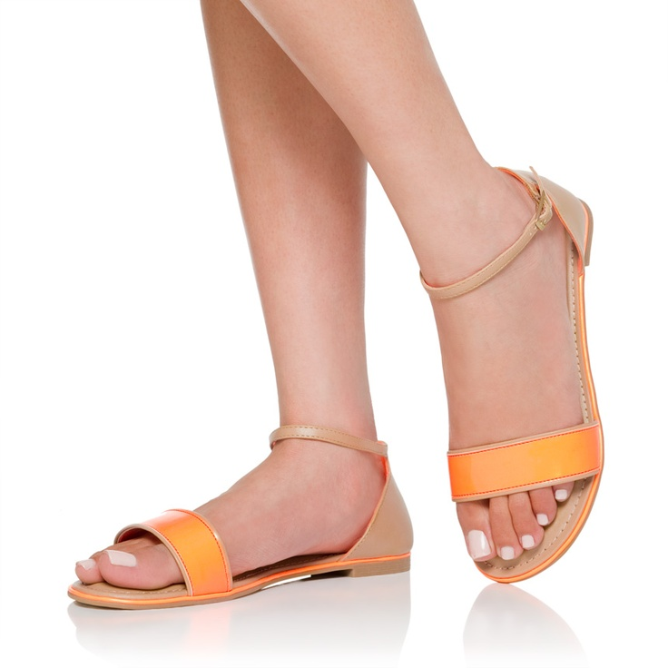 Cute sandal for walking around: O' Women S Fashion, Shoes Galor, Popular Shoes, Awesome Summer, Shoes Heavens, Shoes Fit, Teen Shoes Sandals Slipp, Cute Sandals, O' Women S Sho
