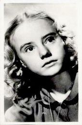 Wednesday's Child: Peggy Ann Garner. http://www.istavisio.com/6/post/2011/03/wednesdays-child-peggy-ann-garner.html