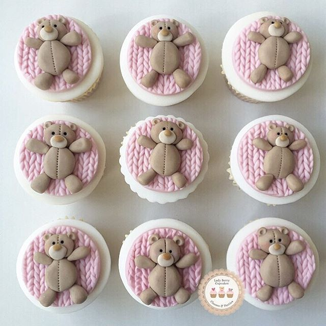 832 Best Cake Cupcake Toppers Images On Pinterest Cookies Petit