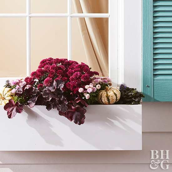 The one thing you need to complete a picture-perfect home exterior is a set of these DIY window boxes.