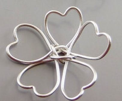 Modify for clover or make a flower with a bead in the center