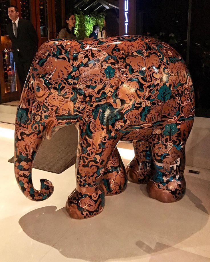 Hoje está rolando o lançamento da @elephantparadebrasil  que é a maior exposição de arte de estátuas de elefantes decorados. A mobilização artística acontece em cidades de todo o mundo e tem um objetivo bastante nobre: ajudar a preservar os elefantes que estão ameaçados de extinção além de tornar o mundo mais divertido e feliz. Essas obras de arte estarão nas ruas de São Paulo a partir do dia 1 de agosto e estão lindas como essa desenvolvida pelo artista @mauromartinscom para a…