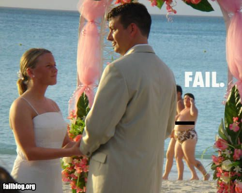 Wedding Pictures Spectacularly Destroyed By Photobombers