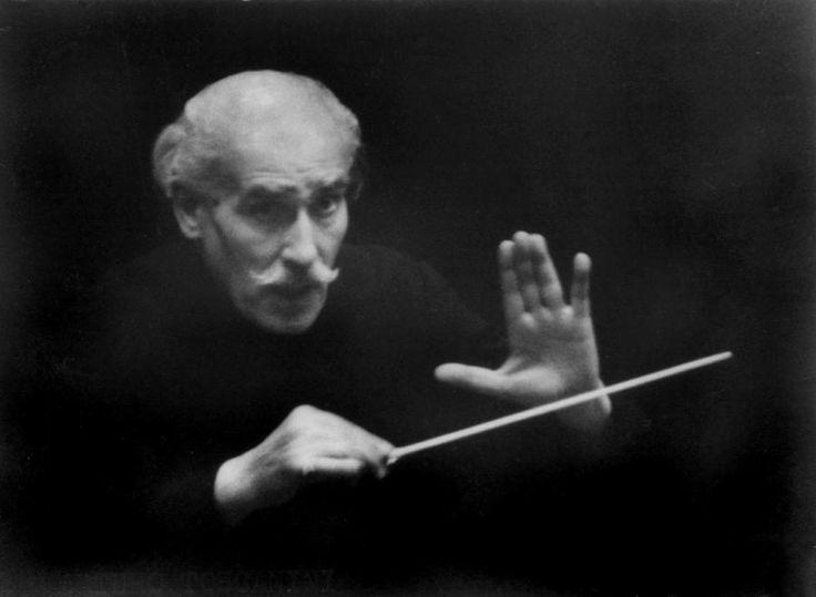 ARTURO TOSCANINI, probablemente el mayor musico, que no compositor, de todos los tiempos. Feliz 150 Aniversario de su nacimiento! (RISELO)