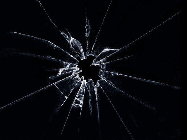 Shattered Glass by V4VoDKa.deviantart.com on @DeviantArt