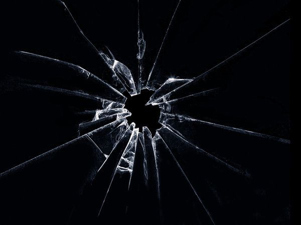 Shattered Glass by V4VoDKa.deviantart.com on @DeviantArt