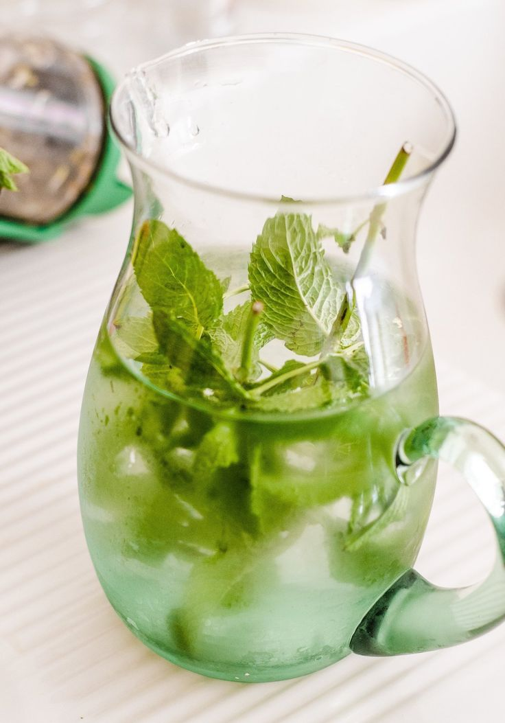 Mint Water by thekitchn: The most refreshing summer drink. #Beverage #Mint_Water