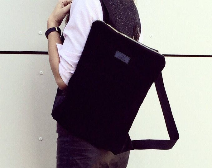 Mochila de cuero negro, mochila de cuero, Convertible mochila, mochila de cuero de gamuza, bolso del morral de gamuza, morral del ordenador portátil, regalo para ella