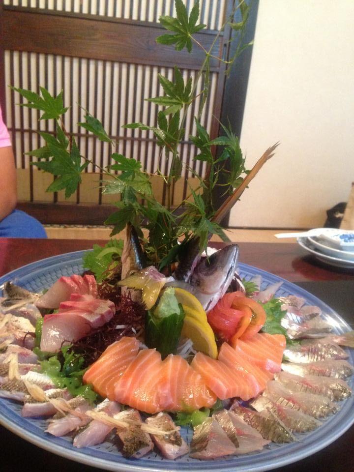 刺し身盛り合わせ Japanese sashimi combination