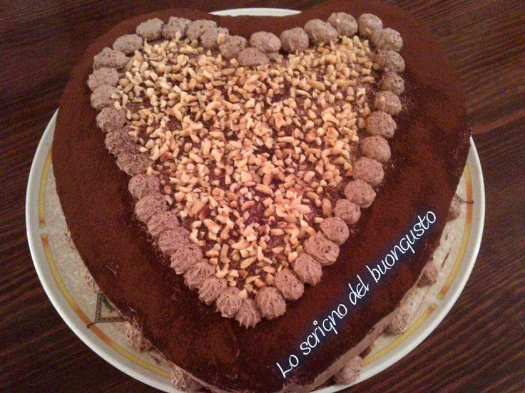 TORTA DEGLI INNAMORATI                                   CLICCA QUI PER LA RICETTA  http://loscrignodelbuongusto.altervista.org/torta-degli-innamorati/                                                    #torta #innamorati #SanValentino2017 #SanValentin #ricette #ricettedolci #Food #Foodie #cioccolato