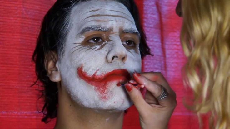 The Joker (Heath Ledger) tutorial maquillaje - make up tutorial *whispers* @ninjanewt you should help me with this some time.