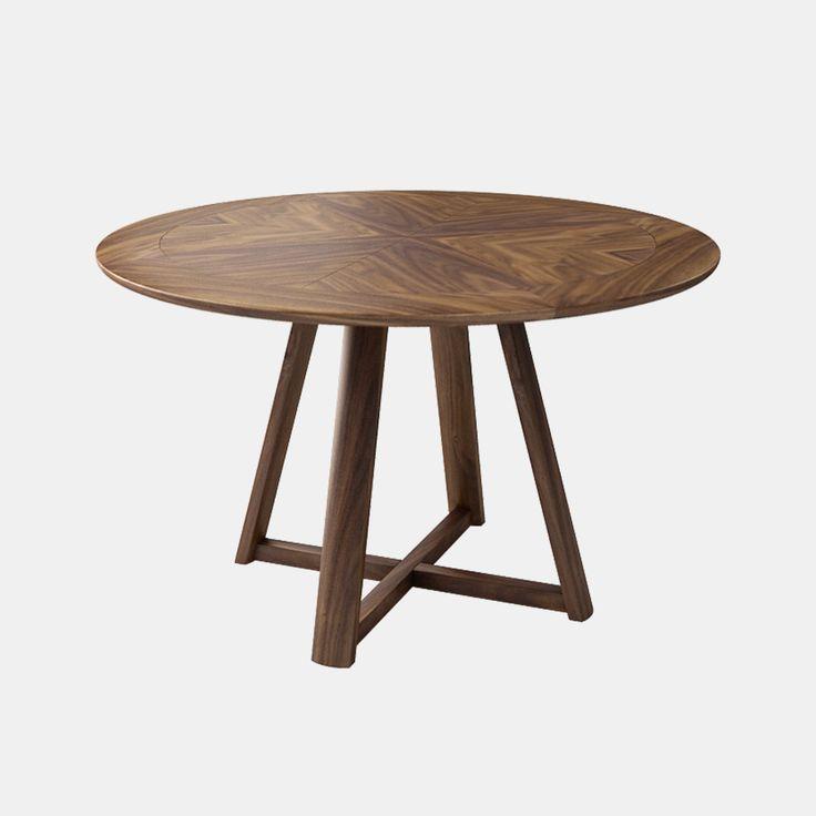 原点餐桌 规格:W1200×D1200×H740 材质:水曲柳 颜色:黑胡桃色 设计师:康佳为